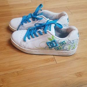 Size 7.5 White DC Shoes